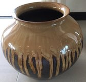 Okinawa Brown Glazed Vase/Pot in Okinawa, Japan