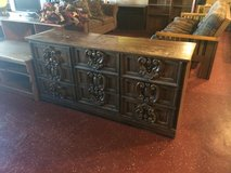 9 Drawer Dresser Solid Wood in Fort Polk, Louisiana