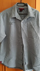 MEN'S S/S BUTTON DOWN SHIRT in Ramstein, Germany
