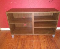 Tv unit/media shelf in The Woodlands, Texas