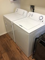 Electric washer and dryer (Brand Amanda) in San Clemente, California