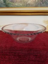 PRETTY LARGE GLASS BOWL WITH SCALLOPED EDGE in Fort Campbell, Kentucky