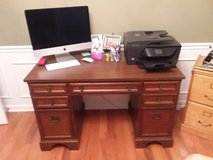 Office Desk in Bowling Green, Kentucky