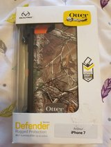 """OTTER BOX for iPHONE 7"" in Fort Bliss, Texas"