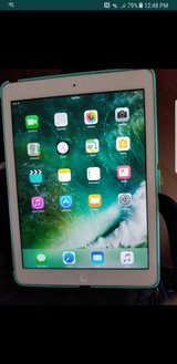IPad air 1st gen great condition in Travis AFB, California