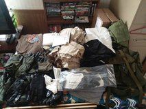 kevlar gloves ruck sack ten pair large silks top and bottoms and more in Fort Riley, Kansas