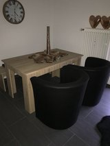 chairs and table excellent condition in Ramstein, Germany