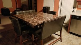 Kitchen Table /w Chairs in Fort Benning, Georgia