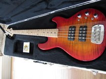 G&L L-2000 Bass Guitar Like NEW with hard case in Oswego, Illinois