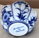 New Thailand Hand Painted 3 piece Nesting Dishes Set in Okinawa, Japan