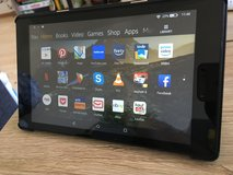 Amazon Fire HD 8 Tablet (6th Gen) with smart cover in Stuttgart, GE