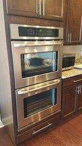 Frigidaire Double Oven (electric) in Plainfield, Illinois