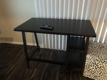 Solid wood office desk new condition in Davis-Monthan AFB, Arizona
