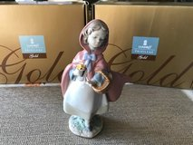 """BEAUTIFUL LLADRO PORCELAIN PRIVILEGE GOLD COLLECTION FIGURINE - """"LITTLE RED RIDING HOOD"""" – Not R... in Fort Leonard Wood, Missouri"""