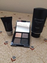 make up glo minerals new in Spring, Texas
