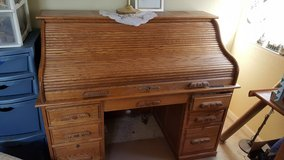 Roll top desk in Vacaville, California