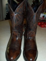 MENS WESTERN BOOTS LIKE NEW!  WORN ONCE! in Alamogordo, New Mexico