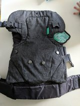 Infantino baby carrier in Glendale Heights, Illinois