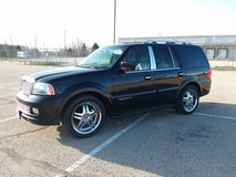 2006 Lincoln Navigator in Fort Leonard Wood, Missouri