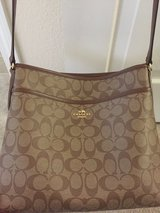 Coach purse pristine condition in Camp Pendleton, California
