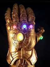 Infinity Gauntlet Left Hand w/Light Up Stones kit in Baumholder, GE