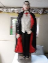 Halloween Blow mold bela lugosi Dracula in Algonquin, Illinois