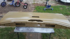 new 2015 Ford F150 aluminum tail gate in St. Charles, Illinois