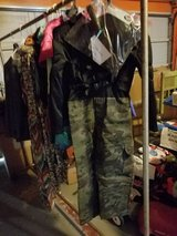 Army Suit w asseccories in Baytown, Texas