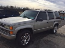 2000 CHEVROLET TAHOE 4X4 in Fort Knox, Kentucky