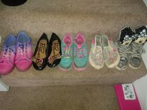 girls shoes all size 1 in Lakenheath, UK
