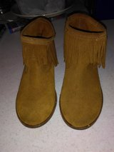 Girls fringe boots in Fort Campbell, Kentucky