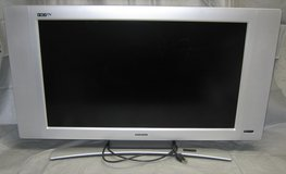 "MAGNAVOX 32"" LCD HD Flat-Screen TV - 32MF605W - Works in Wheaton, Illinois"