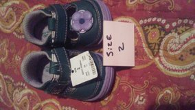 little girl shoes size 2 in Fort Campbell, Kentucky
