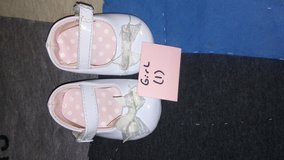 little girl shoes size 1 white in Fort Campbell, Kentucky