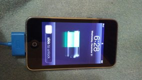 64gb 3rd generation ipod touch in Fort Riley, Kansas