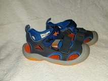 OshKosh Toddler Boys Rapido-b Shoes with light-up sharks! in Kingwood, Texas