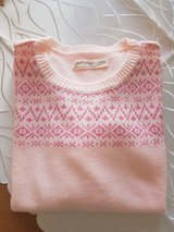 Brand New Woman Sweater Size: M in Ramstein, Germany