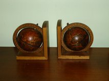 globe bookends in Chicago, Illinois