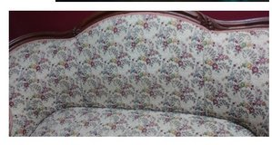 Antique Victorian Style Love Seat in Dover, Tennessee