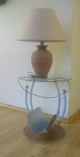 Side Table with light lamp in Baumholder, GE