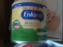 4 cans of Enfamil in Conroe, Texas