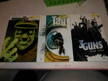 4 graphic novels in Clarksville, Tennessee