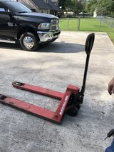 5 k pallet jack in Kingwood, Texas