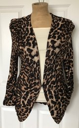 Leopard sweater size L in Naperville, Illinois