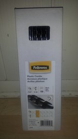 New in Box!  Fellowes Plastic Combs in Westmont, Illinois