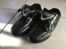 Soccer cleats size 13.5 in Plainfield, Illinois