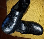 Dansko Shoes Womens Black Leather Size 36 US 6 in Moody AFB, Georgia