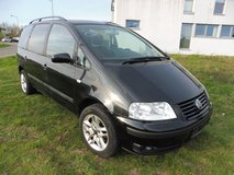 Volkswagen Sharan 1.9 TDI Trendline! 2003 YEAR! AUTOMATIC! VERY GOOD FAMELY CAR WHIS 7 SEATS! in Ramstein, Germany
