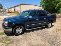 2005 Chevy Avalanche in Fort Polk, Louisiana