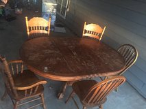 Dining table/4 matching chairs in Lawton, Oklahoma